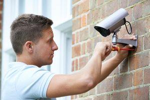 instalación de cámaras de vigilancia inalámbricas o CCTV